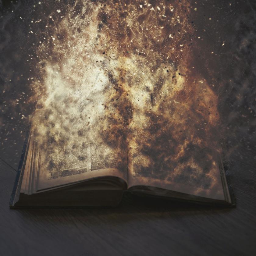 book-2574236_1920
